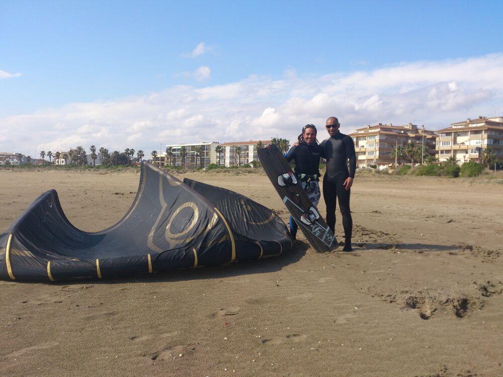 escuela kitesurf delta ebre