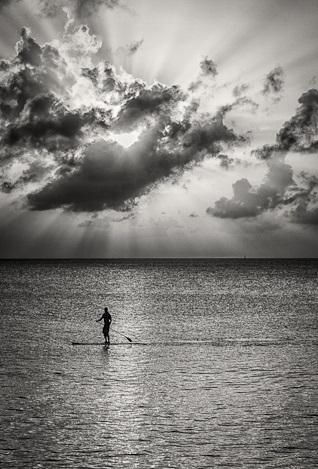 paddle surf solitario